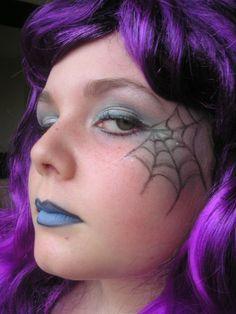 Google Image Result for http://www.deviantart.com/download/278411181/halloween_eye_makeup_by_alexandraaa22-d4lrbfx.jpg