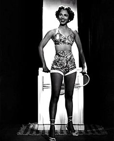 Dorothy Dandridge in a beautiful swimsuit, captured by photographer Ted Allan, circa (pic via csid. Dorothy Dandridge, Afro, Black Actresses, Classic Actresses, Beautiful Actresses, Vintage Black Glamour, Portraits, Old Hollywood Glamour, Classic Hollywood