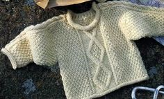 [Knitting] The Irish sweater for baby - in French with a chart