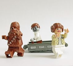 Carbonite Malfunction by Pedro Vezini | LEGO Star Wars Chewbacca , Princess Leia , Han Solo Carbonite Block & Custom Zombie Han Solo Minifigs