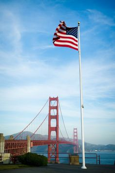 6c927db590dd Golden Gate Bridge in San Francisco California and US flag. Usa People