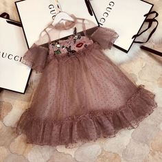 Sewing baby girl dress ideas New ideas Source by ideas sewing Little Dresses, Little Girl Dresses, Girls Dresses, Flower Girl Dresses, Baby Girl Fashion, Kids Fashion, Baby Dress, The Dress, Dress Anak