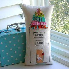 House Pillow Home Pillow Ruffle Pillow House от tracyBdesigns