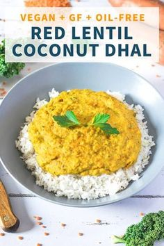 Coconut curry lentil dhal made with only 10 simple ingredients and ready in no time! Healthy, vegan, gluten-free and oil-free! Veggie Recipes, Whole Food Recipes, Vegetarian Recipes, Cooking Recipes, Red Lentil Recipes, Vegan Curry, Lentil Curry, Coconut Curry, Vegan Foods
