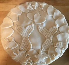 Mermaid Tails Pie Crust Design for a Couple's Shower - decfood Creative Pie Crust, Beautiful Pie Crusts, Cupcakes, Pie Crust Designs, Pie Decoration, Pies Art, Pie In The Sky, My Pie, Pie Tops