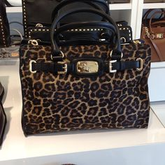 3be130ee4269 michael kors leopard skin wallet jet set small travel dome crossbody bag  black
