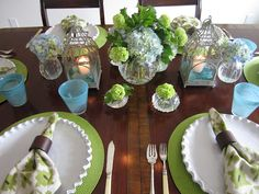 link to site with lots of ideas for table decor