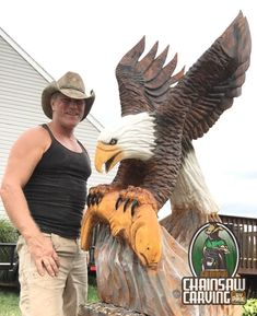 Chainsaw Carving by Paul is a professional chainsaw carver in the York PA area. Wood Carving Art, Wood Carvings, Chain Saw Art, Tree Artwork, York Pa, Duck Decoys, Wood Turning Projects, Yard Art, Bald Eagles