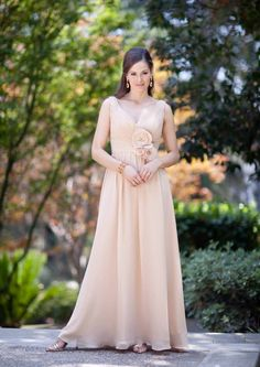 2015 Flowers Ruched Sleeveless Chiffon V-neck Floor Length Mother of the Bride Dresses Avanti MBD7858