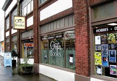 The Local Literary Scene - Scribes and Bookworms Unite to Geek Out | South Sound magazine | by Jackie Fender