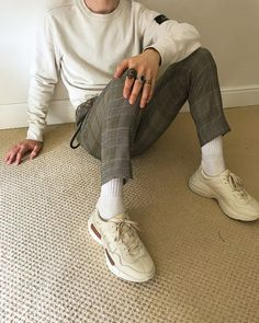 Another bold pants pick Mens Fashion, Fashion Tips, Fashion Trends, Personal Style, Cool Outfits, Street Wear, Menswear, Style Inspiration, My Style