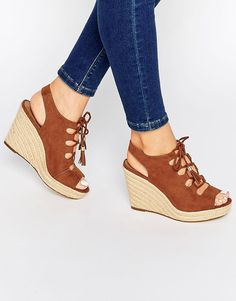 1274 meilleures images du tableau Chaussures   Loafers   slip ons ... 7b48bd76af52