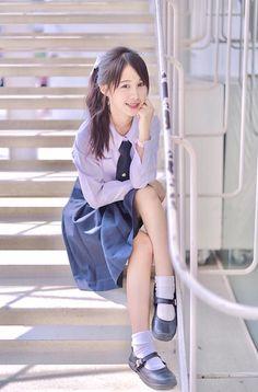 Cute School Uniforms, School Uniform Fashion, School Uniform Girls, Girls Uniforms, Cute Girls, Cool Girl, Catholic School Girl, University Girl, Cute Japanese Girl