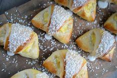 Er du glad i skoleboller? Food N, Food And Drink, Norwegian Food, Scandinavian Food, Cheat Meal, Recipe Boards, Bread Baking, I Love Food, No Bake Cake