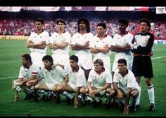 Finale Coppa Campioni 1989, Barcellona | AC Milan — Steaua Bucarest 4–0 | Ruud Gullit e Marco Van Basten #fotografia #storia #calcio #milan #ruud #gullit #marco #van #basten