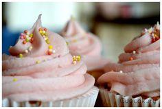 Cupcakery: My milkshake brings all the...