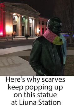 Woman knits and crochets scarves for the homeless and leaves them on statue Knitting Humor, Pop Up, Knits, Knit Crochet, Scarves, Winter Hats, Statue, Woman, Scarfs