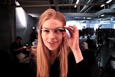 Curioso para ver o mundo através dos Google Glasses? Entao assista a esse vídeo http://www.bluebus.com.br/curioso-para-ver-o-mundo-atraves-do-google-glass-entao-assista-a-esse-video/
