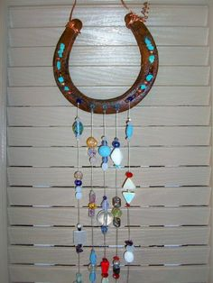 HorseShoe Sun Catcher Horse Lover Gift Cowgirl Gift Large 5 Strings of Beads and Crystals Gem Ston Horseshoe Projects, Horseshoe Crafts, Horseshoe Art, Gifts For Horse Lovers, Gift For Lover, Carillons Diy, Diy Wind Chimes, Sun Catcher, Crafts To Do