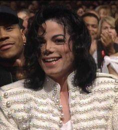 Michael Jackson - gorgeous smile :)