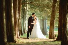 Classic mansion wedding: http://www.stylemepretty.com/connecticut-weddings/middletown/2014/07/28/classic-mansion-wedding/ | Photography: http://binaryflips.com/