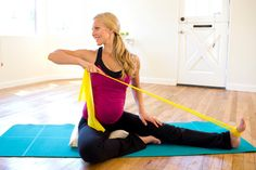 For friends, or me a long time from now. Important prenatal exercises no one ever told you about - Pregnancy and Newborn Magazine Pregnancy Period, My Pregnancy, Pregnancy Workout, Pregnancy Fitness, Post Natal Pilates, Chloe, Prenatal Workout, Cool Summer Outfits, Pregnancy