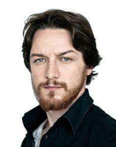 mrkinch: thedameloves: bizarre-sugar: #HQ - James McAvoy photoshoot on 2009