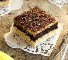 Erdélyi raffaello Dessert Drinks, Dessert Recipes, Nutella, Tiramisu, Homemade, Cookies, Ethnic Recipes, Foods, Mascarpone