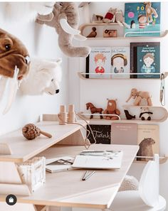 ✨Shoutout SUNDAY✨  Who else is in 💚💛 with this great little study nook by @hellolittlebirdie?  AMAZING. 🙌 Such a warm and inviting space.  Olivia, Isabella & Jack would absolutely love this any day now we reckon.  Catherine & Kristy x   📷@hellolittlebirdie Study Nook, Little Birdie, Kids Bedroom, Nursery, Place Card Holders, Bedroom Inspiration, Mood Boards, Instagram Posts, Sunday