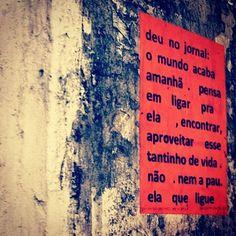 ela que ligue. Brasília por @ranibunny