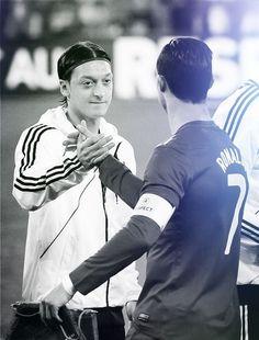 Ozil y Ronaldo