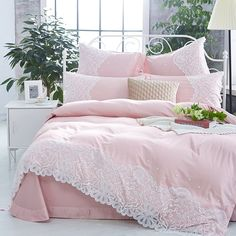 Surround yourself in the comfort of your bed, under that vogue Victorian style elegant bedding sets, which have a striking design. If you're looking for a young and elegant room then this design is a great choice. Girls Bedroom Canopy, Girls Bedroom Sets, Bedding Master Bedroom, Small Room Bedroom, Bedrooms, Childrens Bedroom, Blush Pink Comforter, Lace Bedding, Queen Size Bedding