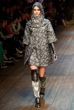 Dolce & Gabbana Fall 2014 RTW - Runway Photos - Fashion Week - Runway, Fashion Shows and Collections - Vogue Dolce & Gabbana, Runway Fashion, High Fashion, Fashion Show, Womens Fashion, Fashion Design, Fashion Trends, Milan Fashion, Milano Fashion Week