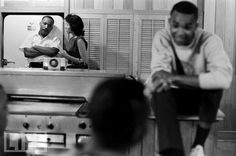 Not published in LIFE. Freedom riders, along with Martin Luther King Jr., relax at a safe house in Montgomery, Ala. Freedom Riders, The Freedom, Civil Rights Leaders, Civil Rights Movement, Martin Luther King Jnr, Coretta Scott King, Racial Equality, Civil Disobedience, Jim Crow