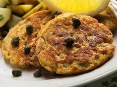 Tonnikalapihvit Vegetable Pizza, Quiche, Mashed Potatoes, Seafood, Toast, Fish, Vegetables, Breakfast, Ethnic Recipes