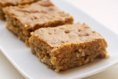 brown sugar cashew blondies! these remind me of the butterscotch blondies we had at CD. i'll take 2 please.