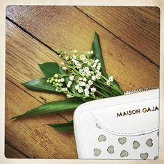 Le voici enfin ce joli mois de mai!  Bon dimanche! ☕️ #maisongaja #lhumeurdelooky #hellomay #may #spring #morning #flowers #accessories #gifts #bonheur #happiness #sunday #happysunday