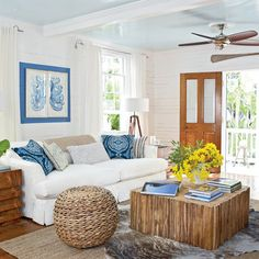 Channel the tropics with fresh inspiration from these seaside living rooms, ranging from natural and nautical to bright and bursting with hot island color.
