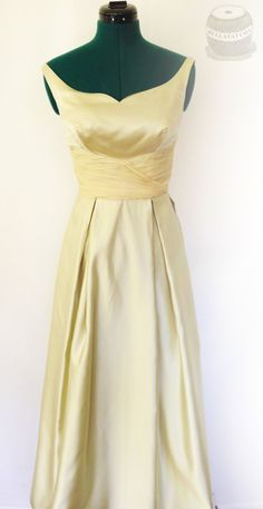 Vintage celery colored satin gown with ballet neckline. Sleeveless with wide chiffon band bodice and gathered skirt. Size Small by Bellafatima on Etsy