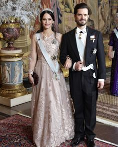 This weeks best dressed features Emelie Mortimer, Jennifer Lopez, Crown princess Victoria, princess Sofia and Amal Clooney Princess Sofia Of Sweden, Princess Victoria Of Sweden, Crown Princess Victoria, Princess Sofia Dress, Jennifer Lopez, Prinz Carl Philip, Princesa Victoria, Princesa Sophia, Style Royal