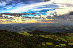 Nature sky by Jorge Armando Daher on - that is darn pretty! Really Cool Photos, Great Photos, Cool Pictures, Great Places, Places To See, Rare Images, The Real World, Beauty Photography, Amazing Nature