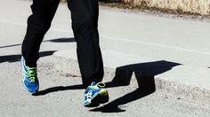 Juoksukoulu: Aloittelijan kahdeksan viikon harjoitusohjelma Health Fitness, Sweatpants, Workout, Sports, Fashion, Hs Sports, Moda, Fashion Styles, Work Out