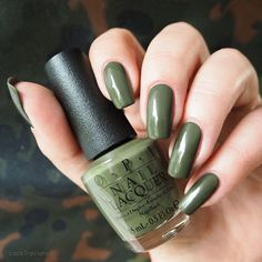 swatch OPI • Suzi - The First Lady of Nails • Washington D.C. Collection fall 2016