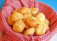 Preparar tortas fritas y  chipás, dos recetas para días de lluvia http://www.e-recetas.com/recetario/tradicionales/cocina-argentina/preparar-tortas-fritas-y-chipas-dos-recetas-para-dias-de-lluvia.htm