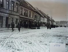 Masarykovo náměstí, 1914 Street View, Snow, Outdoor, Historia, Outdoors, Outdoor Games, The Great Outdoors, Eyes, Let It Snow