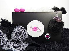 La Box Coquine, un coffret cadeau décalé à offrir ou à s'offrir. Seul(e) ou en couple, cette box vous séduira et vous étonnera.  Retrouvez la sur : www.la-box-boutik.com