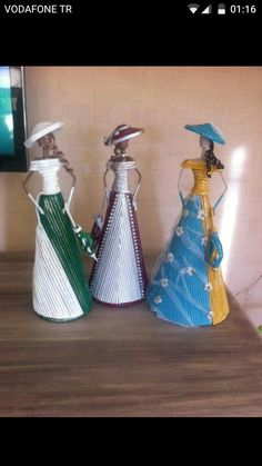 Arts And Crafts For Seniors Recycled Paper Crafts, Paper Mache Crafts, Diy And Crafts, Arts And Crafts, African Dolls, African Art, Paper Mache Sculpture, Sculptures, Clay Art