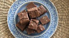 Mamie Eisenhower's Chocolate Fudge | Don't worry, there's still time. February 14 is nearly upon us, but there's still more than enough time to whip up one of these quick and easy desserts. Treat you family, friends, and coworkers with a sweet homemade treat on Valentine's Day, courtesy of yours truly. Even though these treats are homemade, they're easy enough for you throw together in a flash. Whether your Valentine is a fan of chocolate, strawberries, or Red Velvet, you still have plenty…