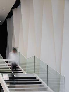 M / Hironaka Ogawa & Associates - 9 - Restaurant Design - Tour Commercial Design, Commercial Interiors, Interior Stairs, Interior And Exterior, Restaurant Design, Architecture Details, Interior Architecture, Installation Architecture, Architecture Panel