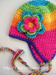 Good to have in your pattern stash - can be worked in any size, any yarn. Pattern not provided here, but should be easy to work out. Bonnet Crochet, Crochet Beanie, Love Crochet, Knit Or Crochet, Crochet Crafts, Yarn Crafts, Crochet Winter, Crotchet, Crochet Flowers